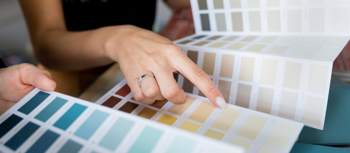 Choosing best colours to sell a house